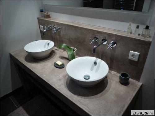 Une salle de bains en b ton cir est ce vraiment pratique - Faire son plan de travail soi meme ...