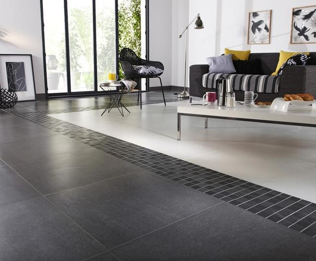 5 id es d co pour rev tement de sol for Deco salon avec carrelage gris