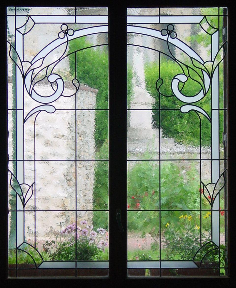 Le vitrail une oeuvre d 39 art sophistiqu e la port e de tous - Fenetre carreaux de verre ...