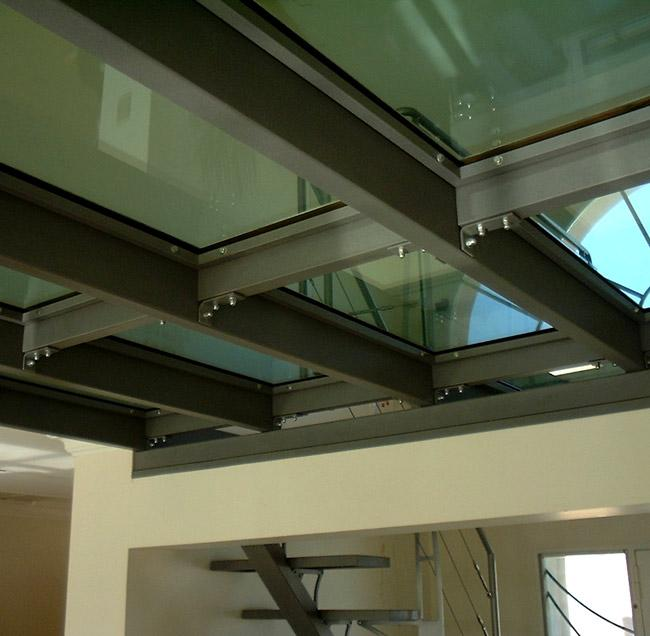 Puit De Lumiere Sol sol transparent : installez un carrelage en verre