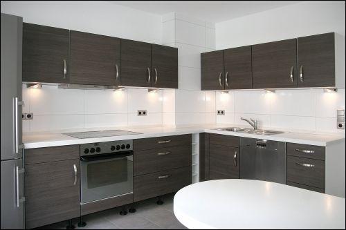 Plan de travail en corian r nov et r install dans une for Devis pour cuisine equipee