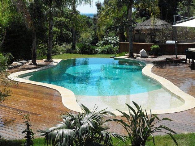 Choisir la forme et l 39 emplacement de sa piscine for Prix piscine diffazur