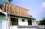 Combles fen tre de toit ou lucarne for Fenetre lucarne