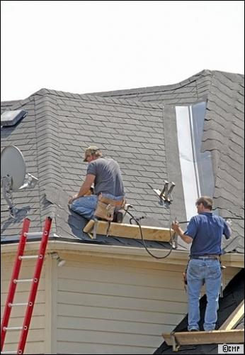 travaux en copropri t la r fection de toiture. Black Bedroom Furniture Sets. Home Design Ideas