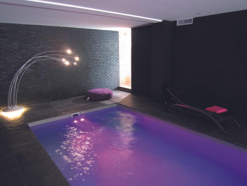 construction de piscine quelles sont les d marches administratives. Black Bedroom Furniture Sets. Home Design Ideas