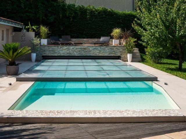 Abri de piscine plat motorisé Abrisud