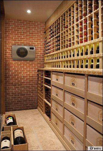 Aménager une cave à vin grâce à un climatiseur discret et efficace - Travaux.com